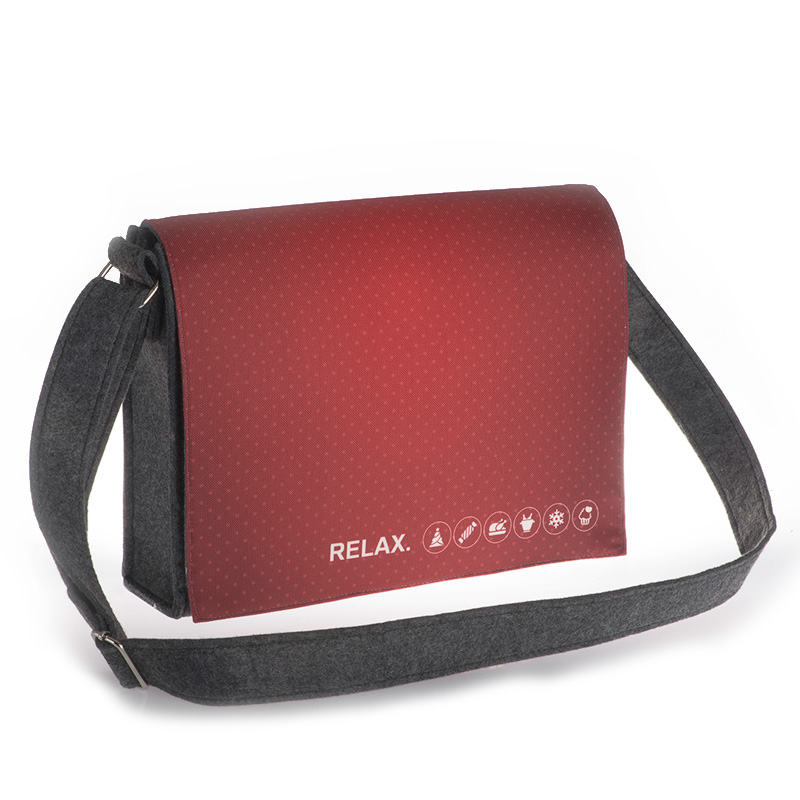 Real Relax Red